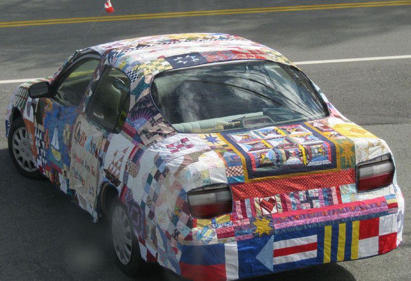 2010 Quiltmobile Parade1